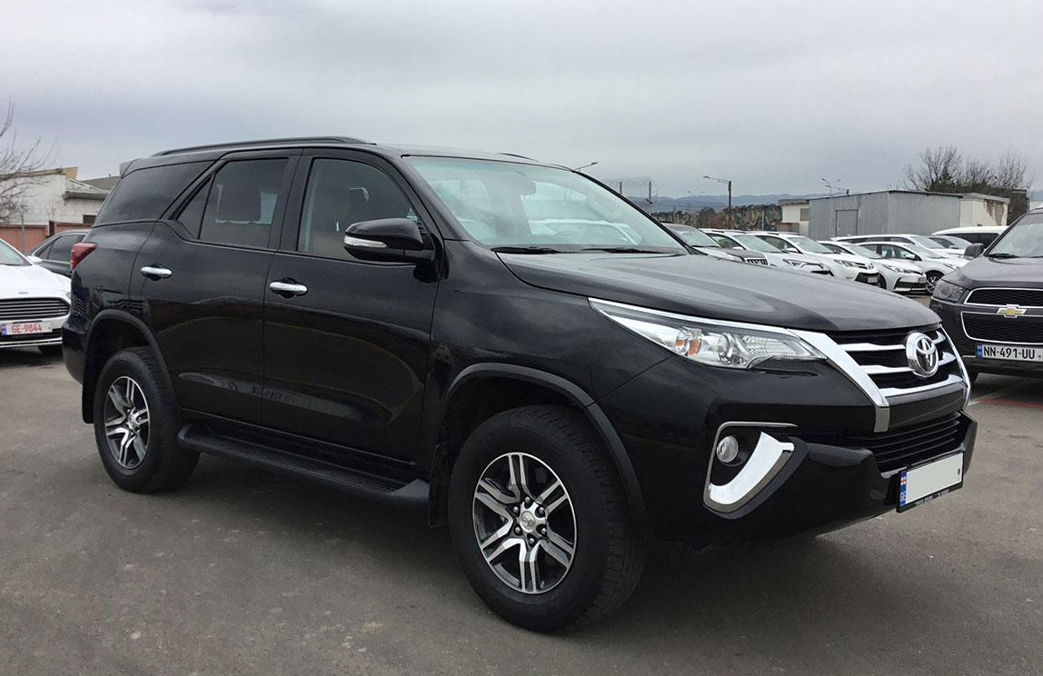 Toyota Fortuner 2017г.