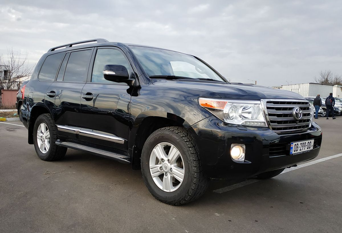 Toyota Land Cruiser 200 2012г.