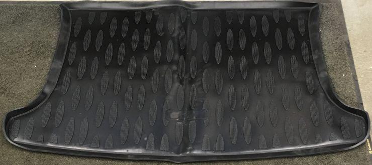 Коврик резиновый Kia Rio 3 в багажник (70822) хб