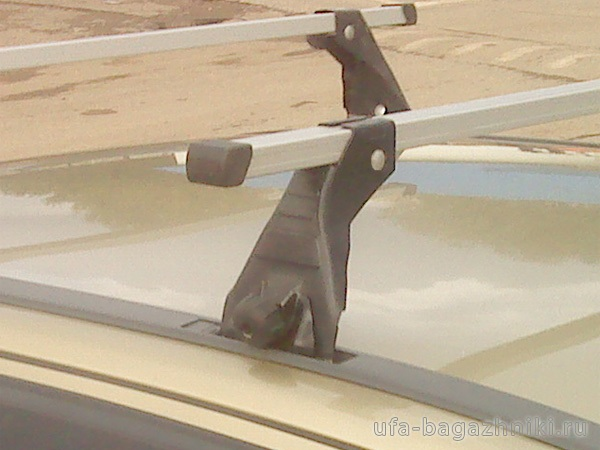 Багажник на крышу Opel Astra G, Атлант (Россия) - алюминиевые дуги