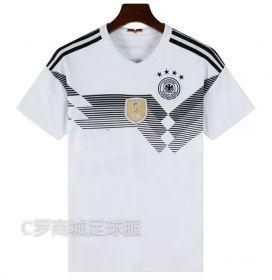 Домашняя игровая футболка сборной Германии по футболу на чемпионат мира 2018 года