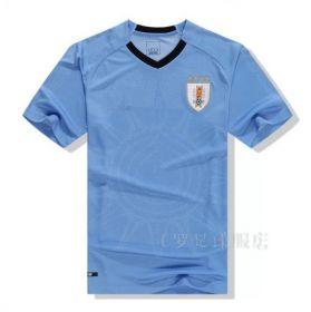 Домашняя игровая футболка сборной Уругвая по футболу на чемпионат мира 2018 года
