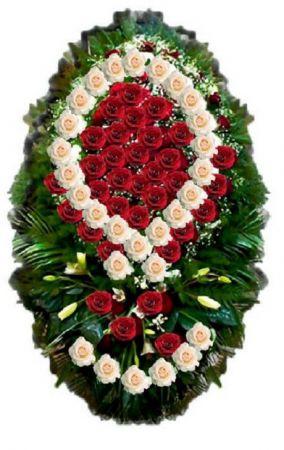 Траурный венок из живых цветов #1