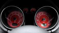 Спидометр и тахометр в красном цвете (AUDI ТТ)