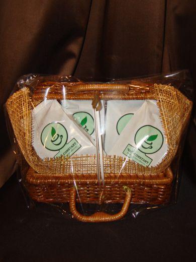 Плетеный сундучок с чаем - подарочный набор