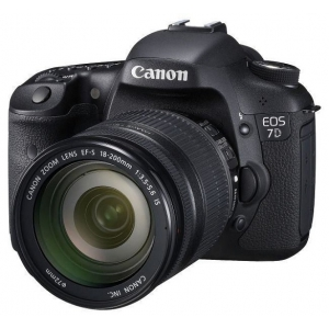 Canon EOS 7D Kit (EF-S 18-200mm f/3.5-5.6 IS)