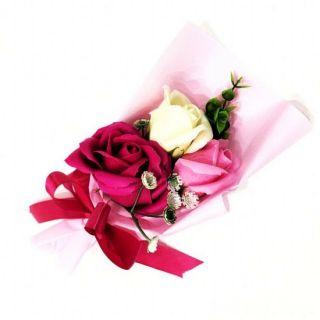 Подарочное парфюмированное мыло Букет 3 розы в упаковке, 25 см, Цвет: Тёмно-розовый