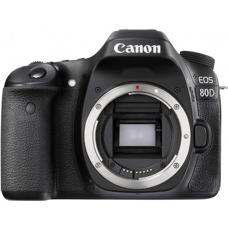 Canon EOS 80D kit 18-135mm is
