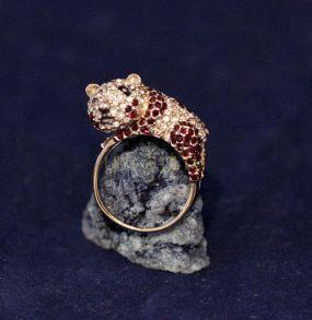 """Позолоченное кольцо, инкрустированное искусственными бриллиантами """"Панда"""" (арт. 880198)"""