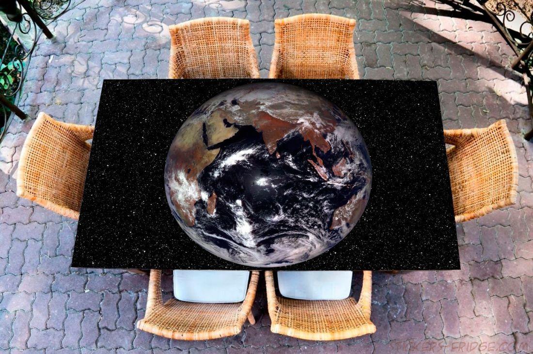 Наклейка на стол - Земля