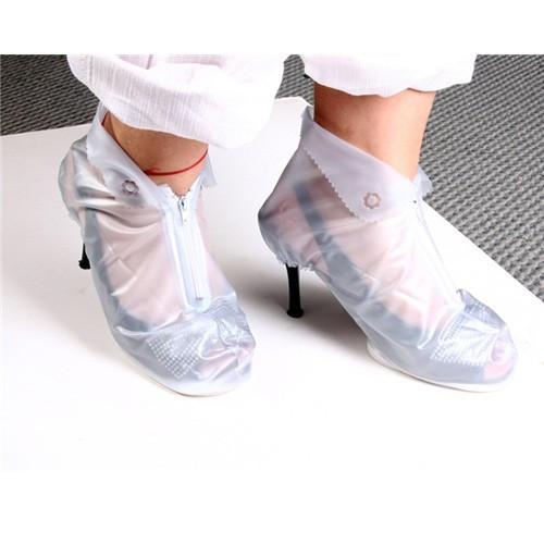 Грязезащитные чехлы для женской обуви